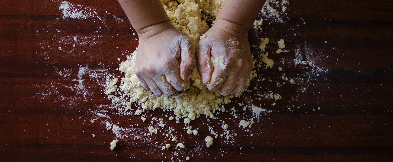 baking-pastry-dough-bakery-9095
